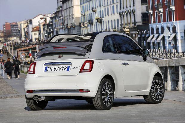 Chłodny Nowy Fiat 500 Collezione na słynnych wybiegach europejskich stolic RB39